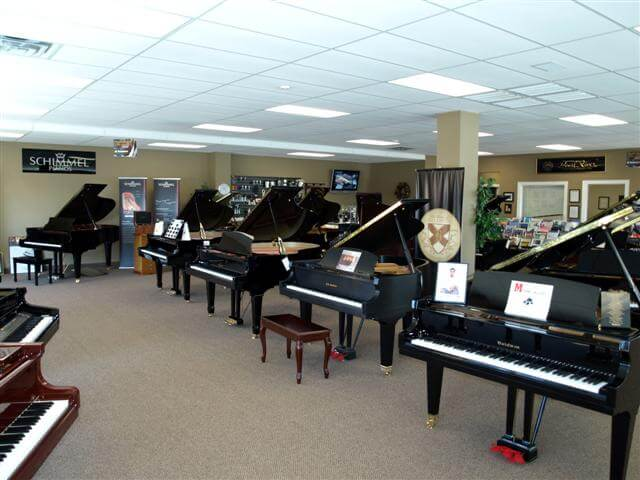 Pianos Showroom
